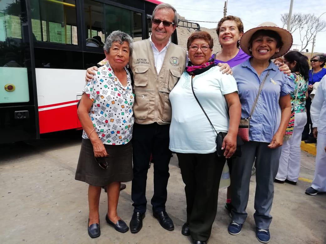 Municipio de Miraflores pone en marcha el primer bus Inclusivo de Perú